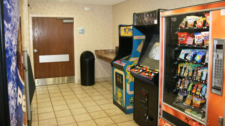 Holiday Inn Express Hotel & Suites-Troy Recreation