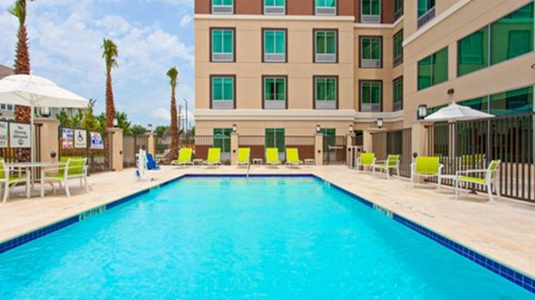 Holiday Inn Express & Suites Houston SW Pool