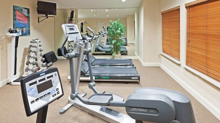 Candlewood Suites Market Center Health Club