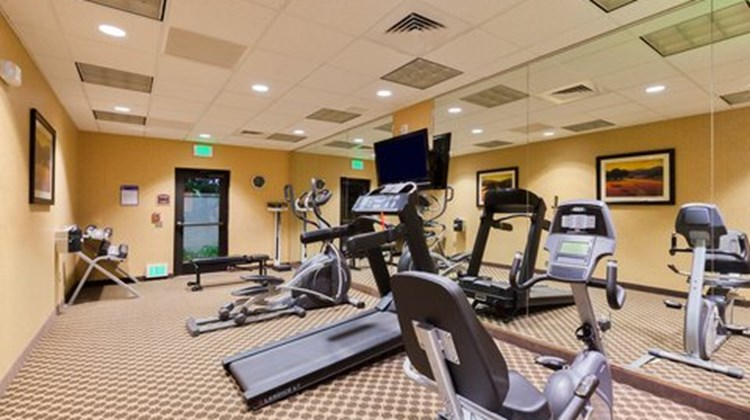 Holiday Inn Express & Suites Atascadero Health Club