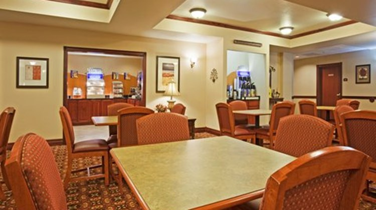 Holiday Inn Express & Suites Wausau Restaurant