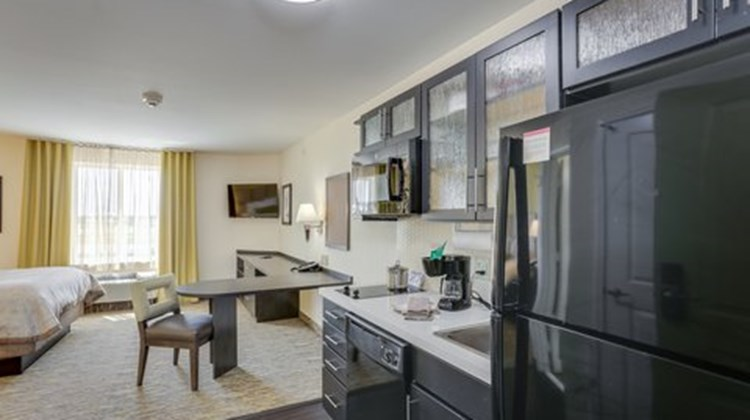 Candlewood Suites College Station Room