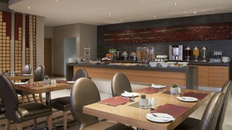Holiday Inn Express Sandton-Woodmead Restaurant