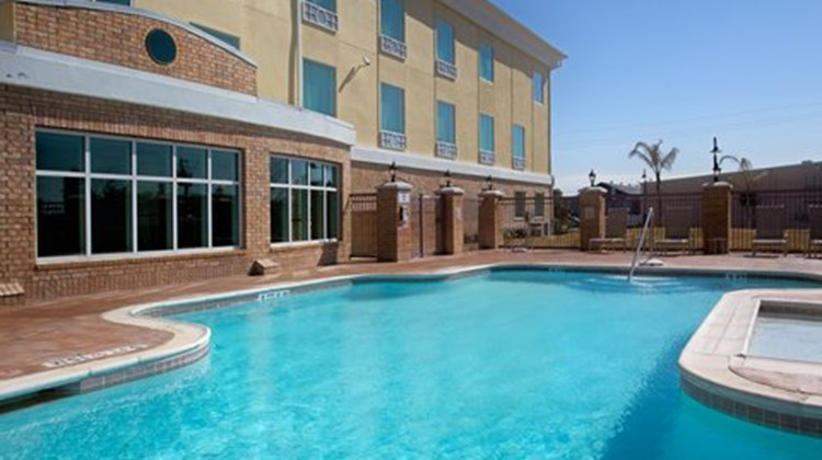 Holiday Inn Express & Suites Pearland Pool