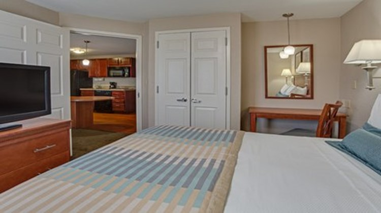 Candlewood Suites Fort Lauderdale Room