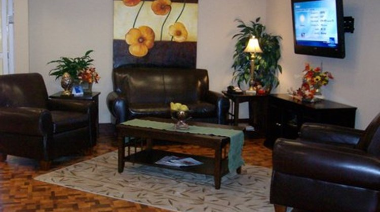 Candlewood Suites Fort Smith Lobby
