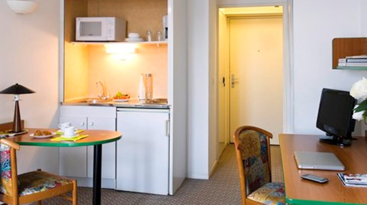 Adagio Access Maisons Alfort Room