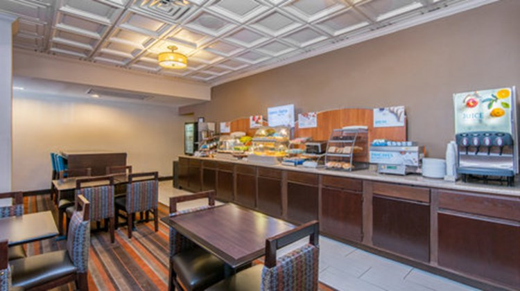 Holiday Inn Express El Paso-Central Restaurant