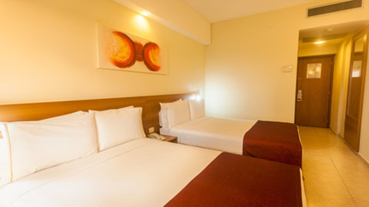 Holiday Inn Express Natal Ponta Negra Room