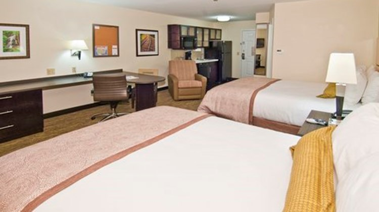 Candlewood Suites Tupelo North Room