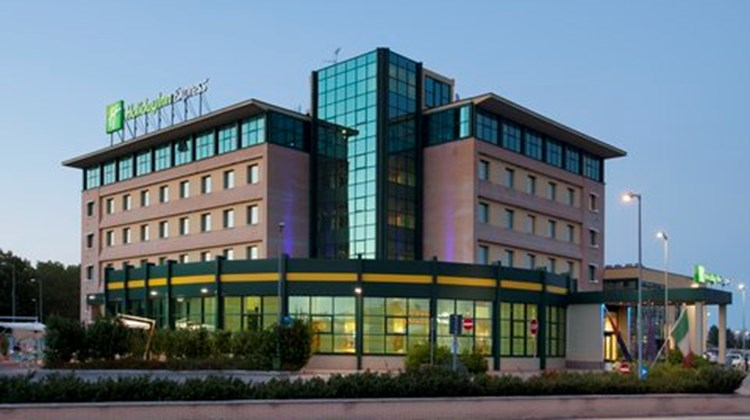 Holiday Inn Express Bologna-Fiera Exterior