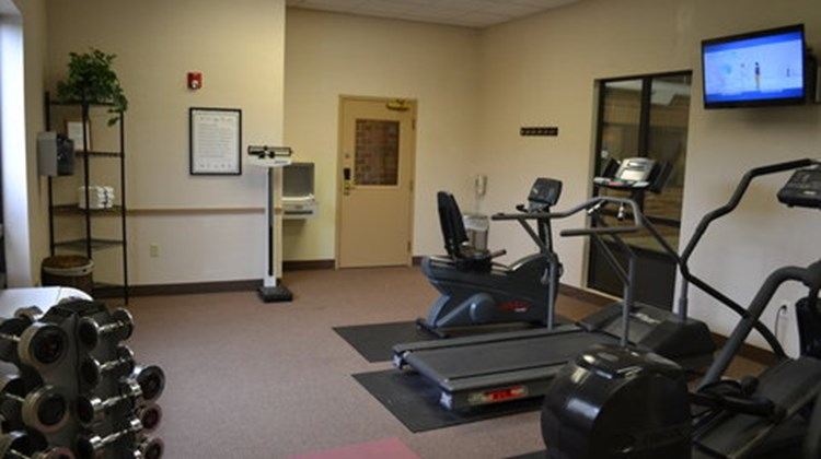 Holiday Inn Express & Suites Kent State Health Club