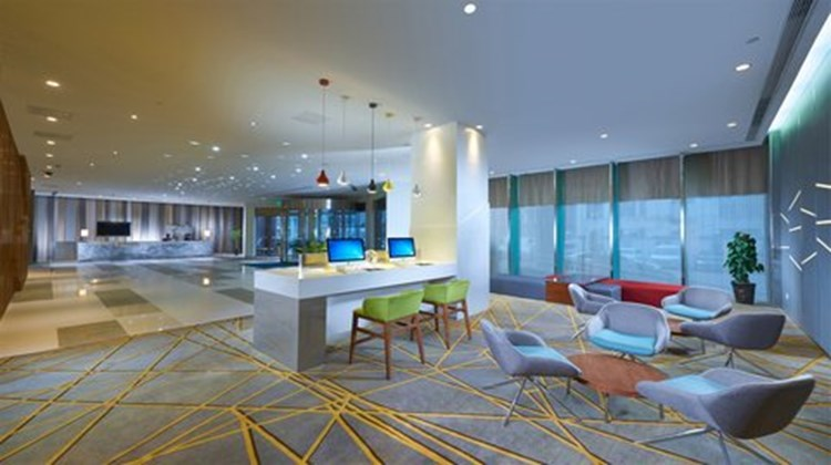 Holiday Inn Express Hefei Downtown Lobby