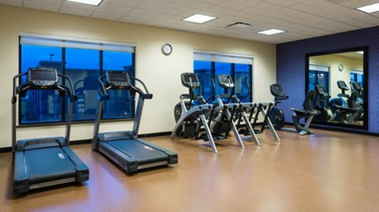 Holiday Inn Express & Suites Midland Health Club