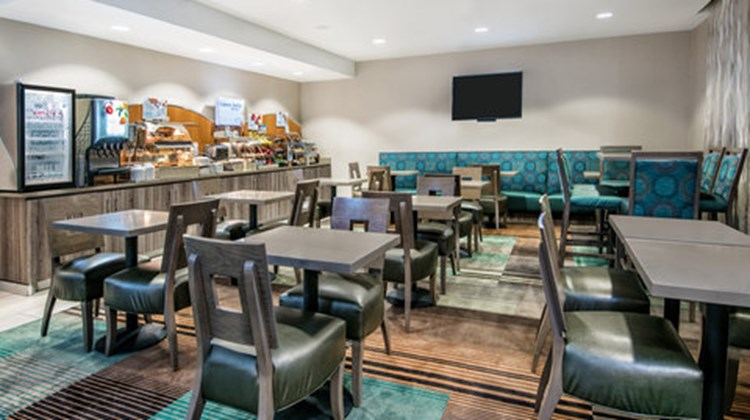 Holiday Inn Express Hotel & Suites SW Restaurant