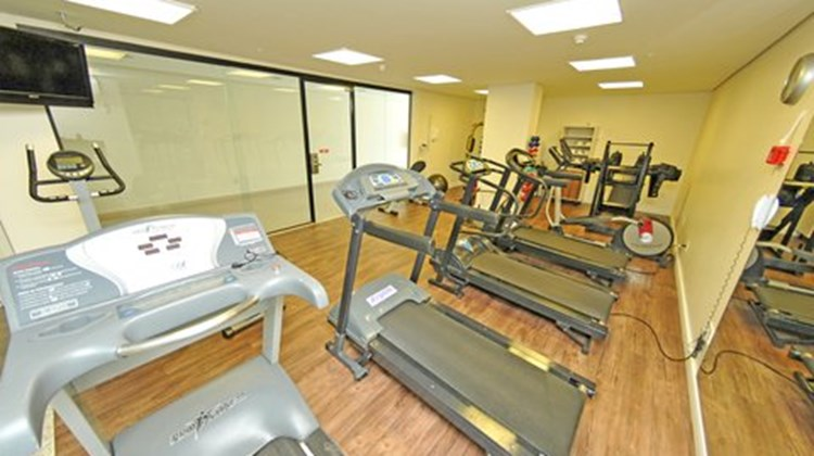 Holiday Inn Express Cuiaba Health Club