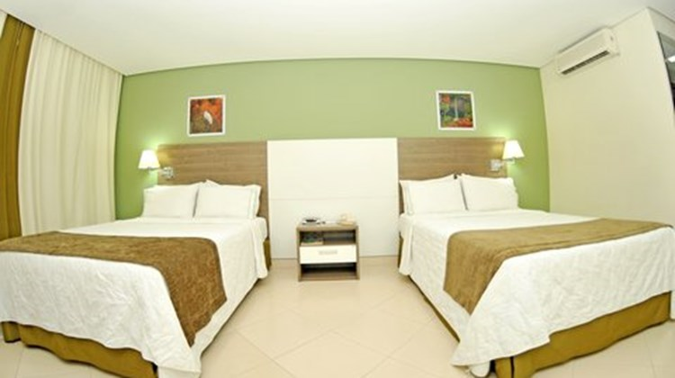Holiday Inn Express Cuiaba Room