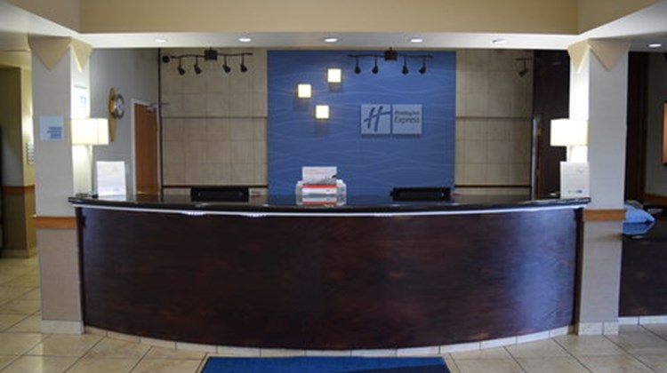 Holiday Inn Express & Suites Lethbridge Lobby