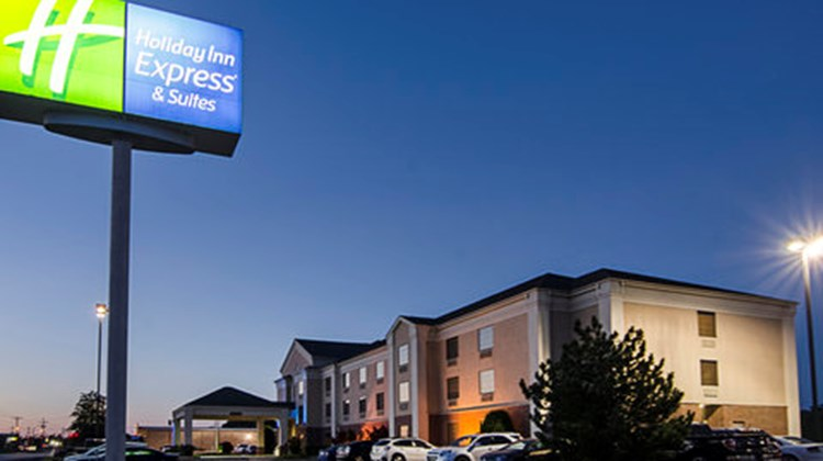 Holiday Inn Express Hotel/Suites Vinita Exterior