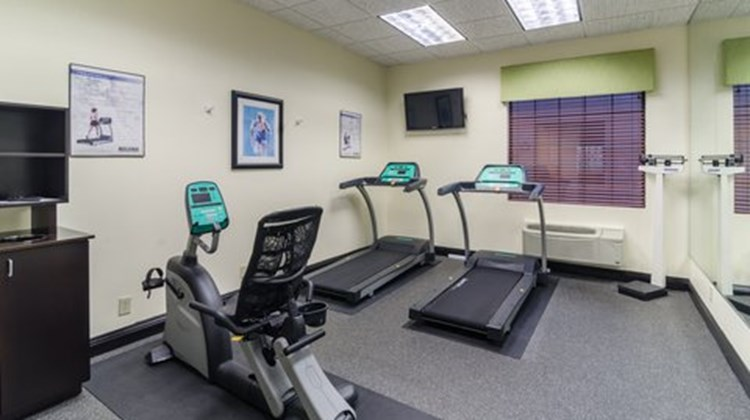 Holiday Inn Express Hotel/Suites Vinita Health Club