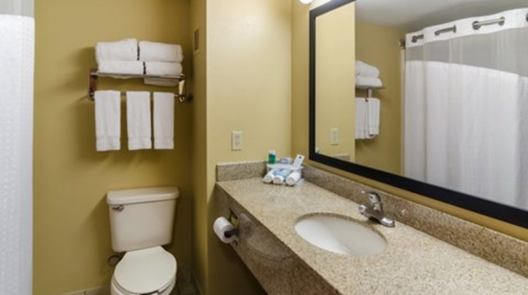 Holiday Inn Express Hotel/Suites Vinita Room