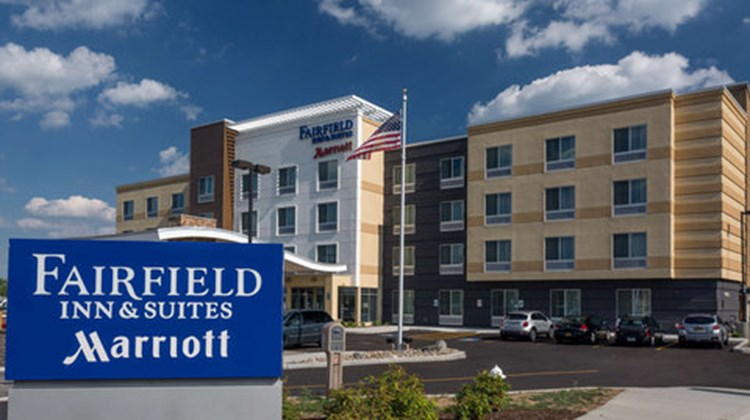 Fairfield Inn/Suites Geneva Finger Lakes Exterior