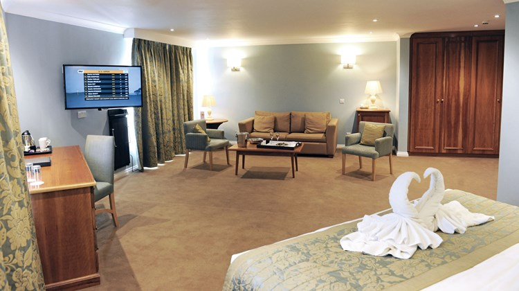 Stoke by Nayland Hotel Golf & Spa Suite