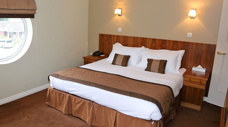 Stoke by Nayland Hotel Golf & Spa Room