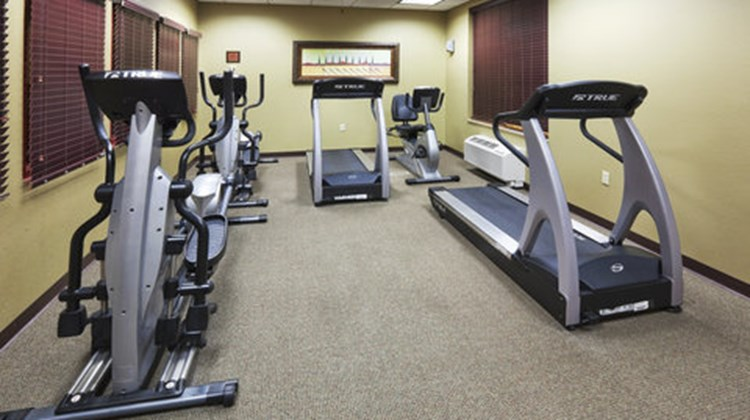Holiday Inn Express & Suites Springfield Health Club