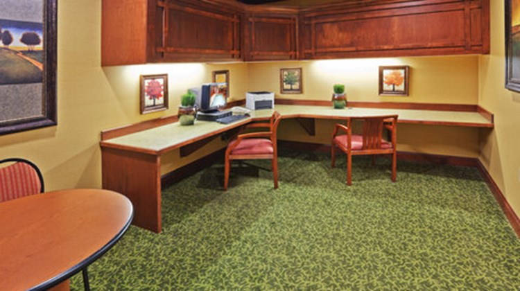 Holiday Inn Express & Suites Springfield Other
