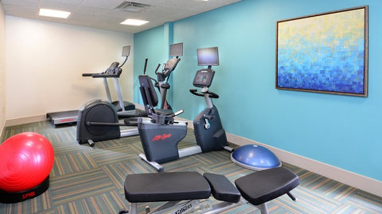 Holiday Inn Express & Suites RTP Health Club