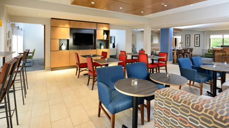 Holiday Inn Express & Suites RTP Restaurant