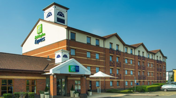 Holiday Inn Express Derby Pride Park Exterior