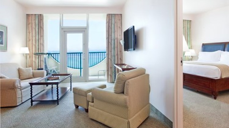 Holiday Inn Express Pensacola Beach Suite