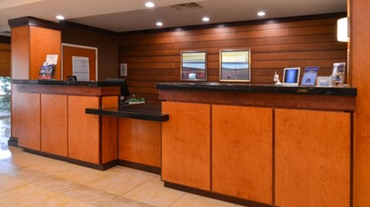 Fairfield Inn & Suites Ft Pierce Lobby