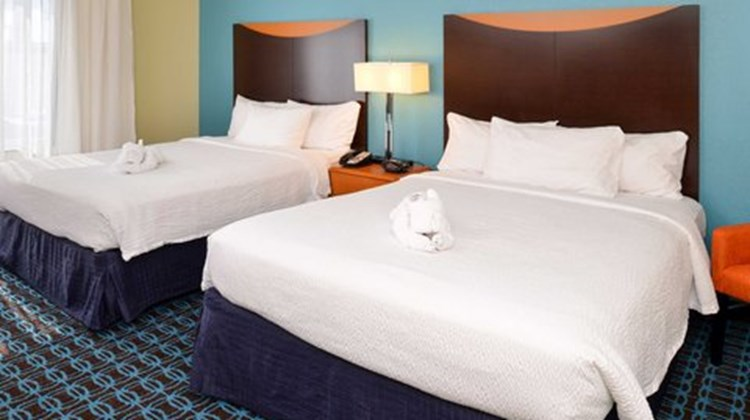 Fairfield Inn & Suites Ft Pierce Room