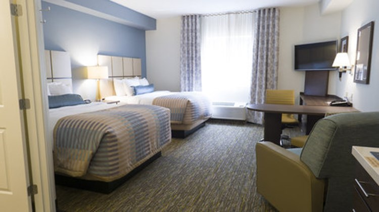 Candlewood Suites Vancouver-Camas Room