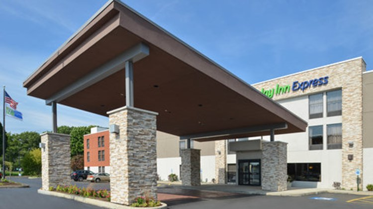 Holiday Inn Express Olean Exterior