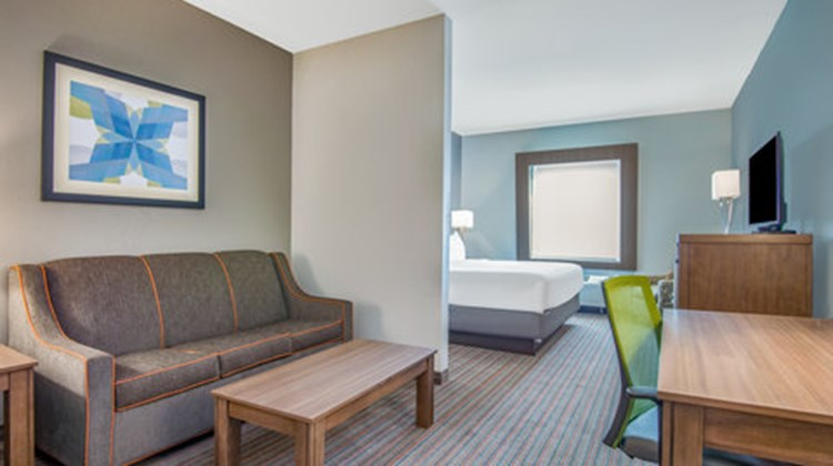 Holiday Inn Express & Stes Stillwater Suite