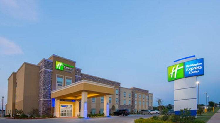 Holiday Inn Express & Stes Stillwater Exterior