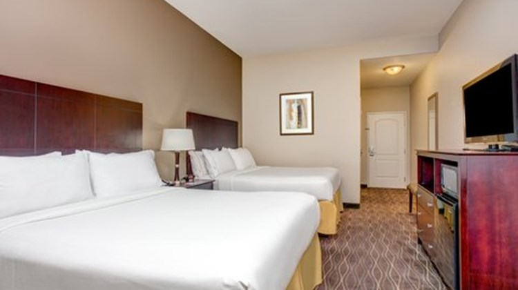 Holiday Inn Express & Suites Galliano Room