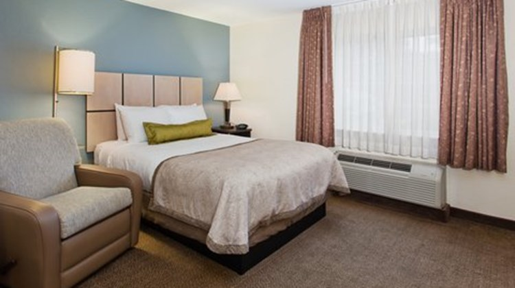 Candlewood Suites Hampton/Norfolk Room