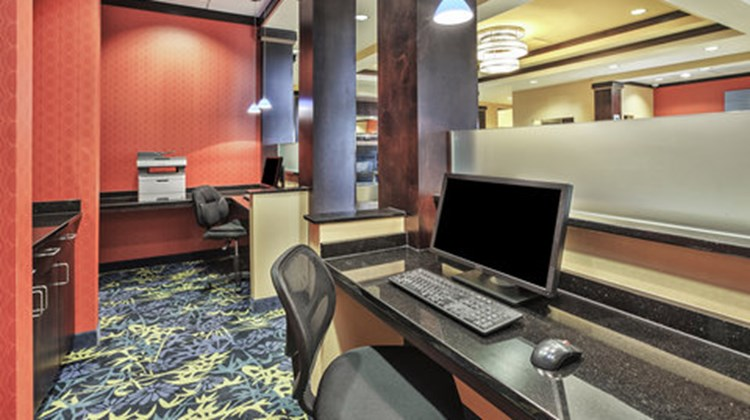 Holiday Inn Express Hotel & Suites Dayto Other