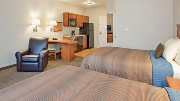 Candlewood Suites Northeast Suite