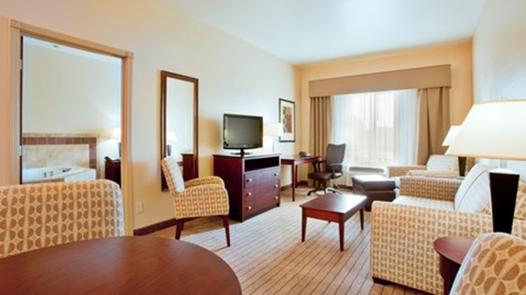 Holiday Inn Express & Suites  Exmore, VA Suite