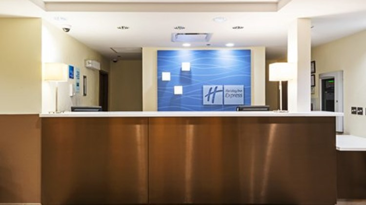 Holiday Inn Express Deer Lake Airport Lobby