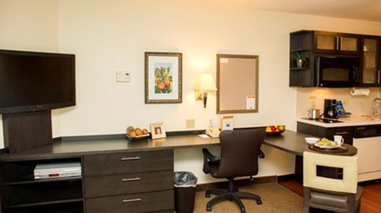 Candlewood Suites Houston Galleria Room