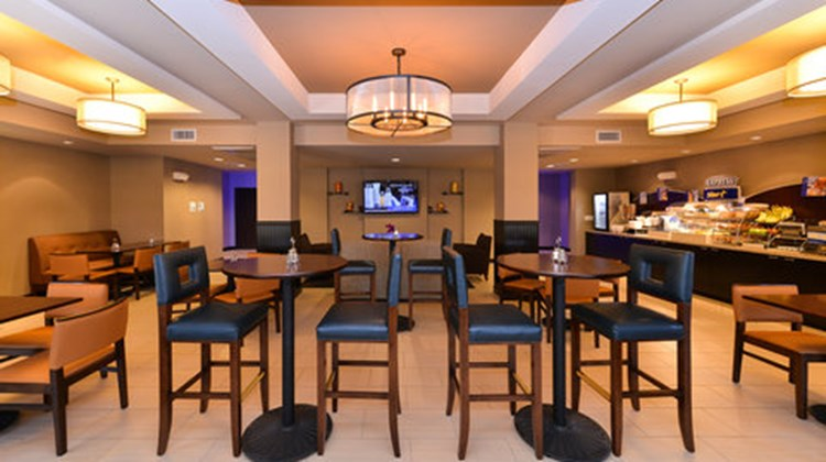 Holiday Inn Express Hotel & Stes Indio Restaurant