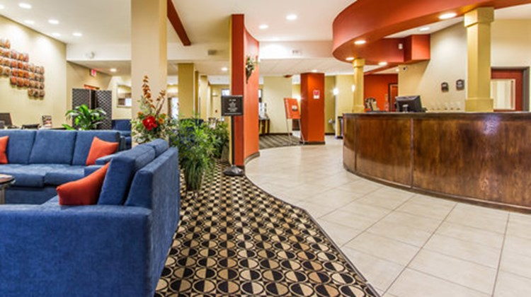 Comfort Suites Airport South Lobby
