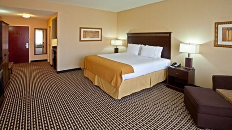Holiday Inn Express & Suites Seymour Room